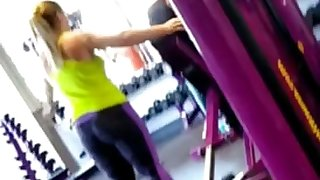 cute chubby great ass working out planet fitness spandex